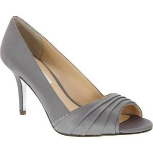 Nina Vesta Peep-Toe Pump Metal Dust Luster Satin 8